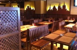 Отличный пивной ресторан с неуютным залом