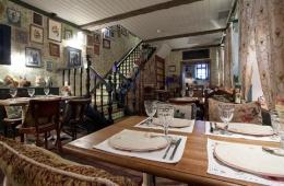 Уютнейший ресторан с кусачими ценами «Дед Пихто»
