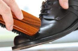 Спрей для обуви Kiwi Aqiastop - протестировано.