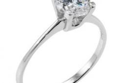 Простое, но элегантное серебряное кольцо с цирконом от ОСОО «Опал»