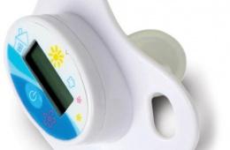 Термометр-пустышка Maman помогает следить за здоровьем малыша