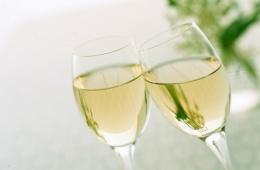 «Золото Франции» - бренд полусладкого шампанского российского производства