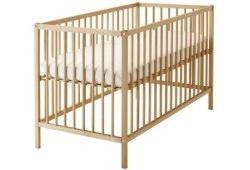 Простая, удобная и безопасная детская кроватка