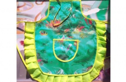 Яркий детский фартук за 35 рублей из Best Price