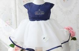 Стильное и модное детское платье
