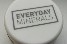 Корректор Everyday Minerals в оттенке Mint
