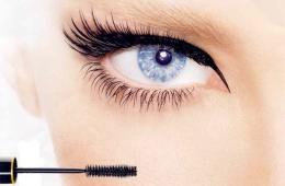 Тушь для ресниц - обязательная часть макияжа
