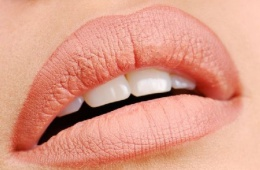 Татуаж губ - это больно