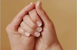 """Для укрепления ногтей уже который год пользуюсь """"Умной эмалью"""""""