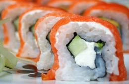 Доставки суши, роллов и пиццы от «Империи суши»