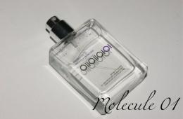 Escentric molecules 01 - один парфюм на двоих.