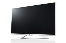 Очень большой и яркий телевизор 3D LG Smart TV 32LA667V