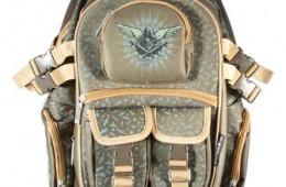 Прочный и вместительный рюкзак, отлично подходящий для мальчишек
