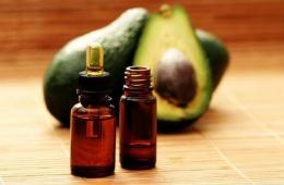 Масло Авокадо помогло для лечении сухих и ломких волос после беременности