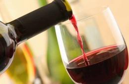 Легкое, приятное, выразительное и очень бюджетное вино