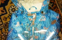 Прекрасная детская куртка для дождливого и ветренного лета