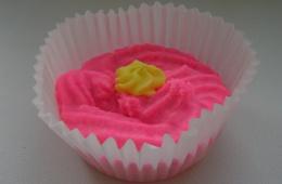 """Пралине для ванны """"Роза-ваниль"""" ярко-розового цвета"""