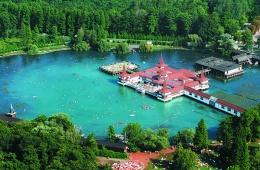 Лечение и отдых на озере Хевиз