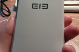 Смартфон Elephone p3000s
