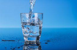 Пить только воду 30 дней