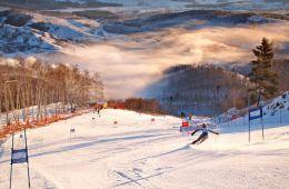 Горнолыжный курорт Абзаково - рай для лыжного спорта!