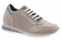 Это обувь, которая несколько сезонов будет доставлять вам только удовольствие!