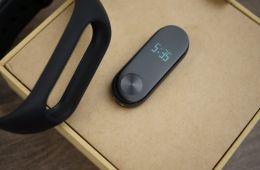 Фитнес-браслет Xiaomi Mi Band 2 - обзор и особенности