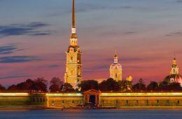 Петропавловская крепость - историческое ядро Санкт-Петербурга