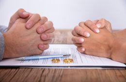 Помогли при разводе