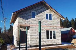 Построили нам хороший дом