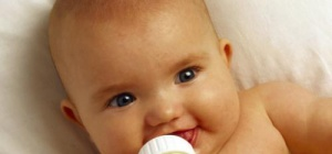 Как лечить детскую молочницу