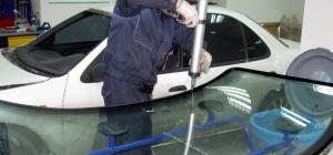 Как установить ветровое стекло