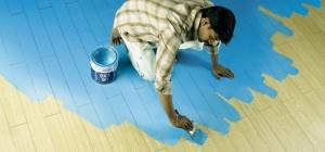 Как очистить пол от краски