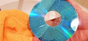 Как почистить dvd диск