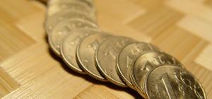 Почему падает курс рубля