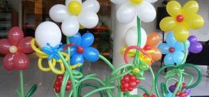 Как делать цветы из шаров