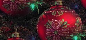 Как украсить новогодние шары