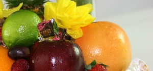 Как подавать к столу фрукты