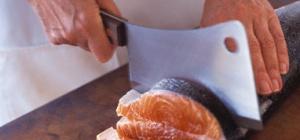 Как нарезать семгу
