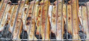 Как готовить форель на мангале