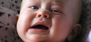 Как промыть нос новорожденному