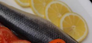 Как делать рыбный салат