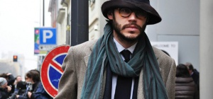 Как завязывать длинный шарф мужской