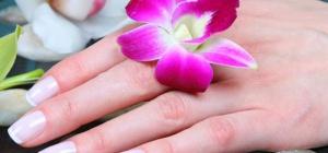 Как избавиться от расслоения ногтей
