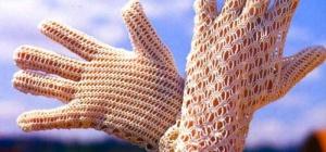 Как связать ажурные перчатки крючком