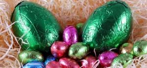 Как собрать букет из конфет: инструкция