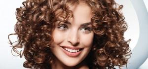 Как лучше накрутить прямые жесткие волосы