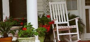 Как благоустроить летнюю террасу на даче