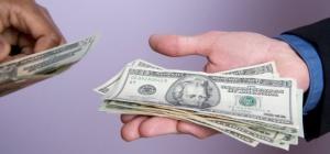 Как передать деньги за квартиру