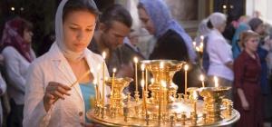 Как нужно вести себя в храме